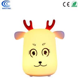 Indicatore luminoso ricaricabile di notte dei cervi del silicone del LED per il salone della camera da letto