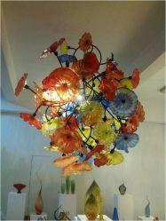 Цветные стеклянные пластины цветов подвесными лампы