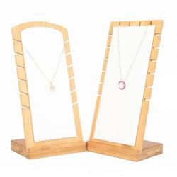 De houten Houder van de Vertoning van de Halsband van de Tribune van de Juwelen van het Bamboe