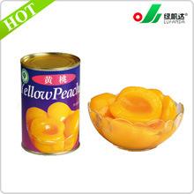 Fertigung der in Büchsen konservierten gelben Pfirsich-Nahrung im Sirup