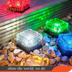 Reizend Solarpfad-Eis-Würfel-Leuchte-wasserdichte Farbe, die LED-bereiftes Glas-Solarziegelstein-Felsen-Lampen-Beleuchtung ändert