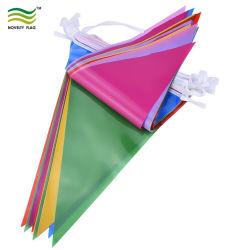 広告するPEのプラスチック三角形の旗布のフラグ(B-NF11P07031)を