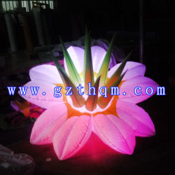 膨脹可能な耐久の物質的な花の気球か膨脹可能な花モデルをつけるLED