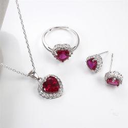 方法 925 の純銀製の中心の形の宝石類の宝石類の corundum の宝石類 女性のためのセット
