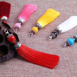 Moda decorações coloridas nas franjas de poliéster com cordões para Chaveiro