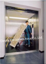 L'élévateur de marchandises à transporter des marchandises ou de voiture en Chine