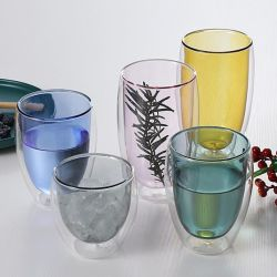 厚くされた耐熱性二重ガラス創造的なジュースのコーヒーミルクジュースのガラス透過
