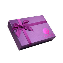 Boîte de Papier de cadeau de Saint-Valentin rouge