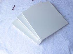 装飾的な建築材料のための中国のディストリビューターの粉のコーティングの正方形の天井材料