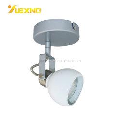 مواد OBM OBM ذات البيع الساخن وفضية بيضاء RoHS من OEM GU10 3W مصباح LED من الحديد الفضي الأبيض وحيد الفضي بقوة 5 واط 240 لومتر 400 لومتر ضوء الجدار ضوء تسليط الضوء