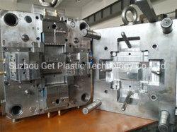 Stampaggio ad iniezione di plastica di alta precisione 2K per la maniglia automatica del circuito di collegamento