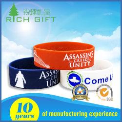 Accepté Bracelet en caoutchouc de silicone RFID personnalisé gravé imprimé gifle Sport Silicon Imperméables Watch bande Bande de poignet USB avec une belle conception et de prix d'usine