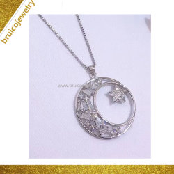 Poignée de commande de nouvelle conception de bijoux de mode collier argenté avec Baguette Diamond