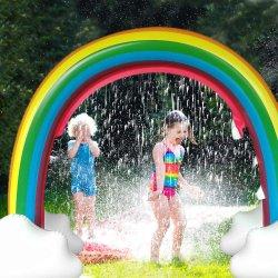 Archway gigante del Rainbow dello spruzzatore di estate del giocattolo dell'acqua del rilievo esterno gonfiabile della spruzzata