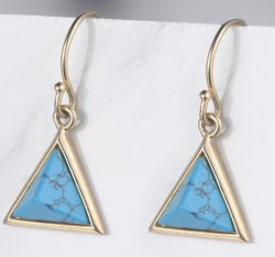 三角形の切口のトルコ石が付いている925純銀製の宝石類のイヤリング