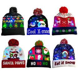 크리스마스 선물 겨울 아이들 여자 LED를 위한 온난한 크리스마스 모자는 베레모 모자를 불이 켜진다