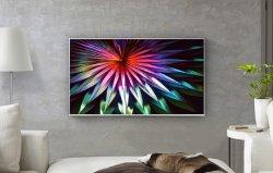32-inch CRT-flatscreen LED Smart TV