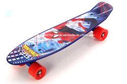 Le plastique PP Skateboard avec l'impression dans le moule et le PVC (YVP-2206-4) de roue