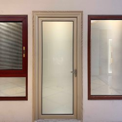 Baumaterial-machen Aluminiumtoiletten-Tür/Aluminiumbadezimmer-Tür mit dem ausgeglichenen bereiften Glas//glasig-glänzende/Flügelfenster-/Schwingen-Türen/Franzosen/Aluminium undeutlich