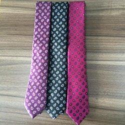 Мужчин в основе конструкции Neckties Paisely Micro ткань