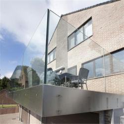 Balustrade van het Glas van het Kanaal van het Aluminium van het balkon het de Post/Traliewerk van het Glas van het Dek/het Nieuwe Traliewerk van het Aluminium van het Ontwerp/het Traliewerk van het Glas van Frameless van het Kanaal van U van het Metaal voor Balkon