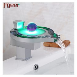 Salle de bains en laiton de haute qualité artistique du bassin de LED robinet
