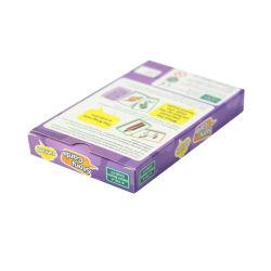 カード・デックを学んでいる子供は大きいサイズの教育メモリ・カードをカスタマイズした