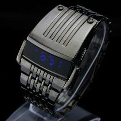 Moins chère ! ! ! Commerce de gros 2013 Militaire Brad Nouveau ! ! ! Mode montres LED numérique Black Men's montre-bracelet pour l'homme de grande taille
