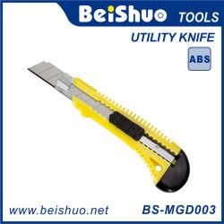 1台の刃の容易な切口のHandtoolが付いている18mmの実用的なナイフ