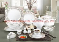 Het in het groot Diner van het Porselein van het Vaatwerk van de Leverancier van China dat met Gouden Overdrukplaatje wordt geplaatst
