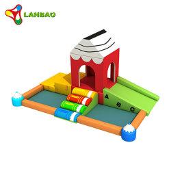 Equipos de juego suave pared de escalada en el interior para niños tobogán para niños