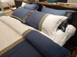 Il Comforter pieno 100% del cotone del coperchio del re Size Hotel Twin Duvet della stella imposta gli strati dell'assestamento
