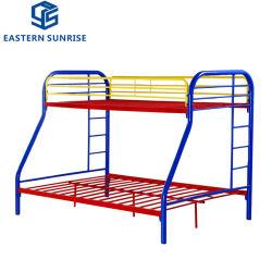 Schlafsaal-Stahlmetalldreiergruppen-Zwilling über vollen doppelten Koje-Betten für Schule