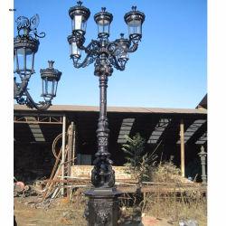 Fabrik-Preis-Eisen-Lampen-/Weinlese-Roheisen-Straßenlaterne-Eisen-Lampen-Pfosten Ilc-03