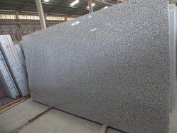 磨かれた自然な石はまたはG602中国の外部内部のための灰色の花こう岩のタイルをか屋外の床または壁の装飾またはクラッディング砥石で研ぐか、または炎にあてるか、またはブラシをかけるか、または砂を吹き付けるか、または鋸で挽いた