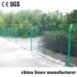 Enduit de PVC fil soudé sur le fil de sécurité bilatérales le grillage de séparation pour la ferme et le bétail