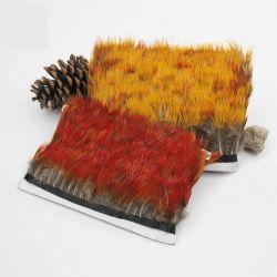 La piuma gialla e rossa della natura da 2-3.2 pollici (5-8 cm) del fagiano assetta la frangia con la decorazione di cucito dei costumi dei mestieri del nastro del raso