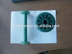 뜨개질을 하는 기계장치를 위한 플라스틱 감개틀