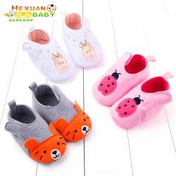 2020 Novas Sapatas bebê jovem rapaz de desenhos animados de algodão Calçado Animal calçados recém-nascido