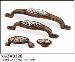 American Style laiton antique armoire de cuisine de sculpture sur tirez la poignée