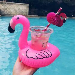 Flamingo die de Opblaasbare Houder van de Drank voor de Zwemmende Toebehoren van de Pool drijven