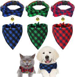 6 stuks kleine kersthond bandanas en kragen Classic Plaid Hond Neck Tie Triangle Bib Sjaal kerchief verstelbare Dier Bow Band met bandanas van de veiligheidsklok