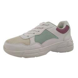 O calçado desportivo plana casual nova tendência na moda mulheres Tênis Calçado Casual pé calçado de estilo
