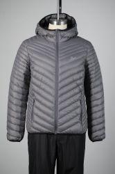 La mujer 100% poliamida 2 capas con capucha 90% de Duck Down Jacket