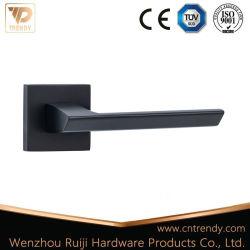 Alliage de zinc noir mat levier plat la poignée de verrouillage de porte avec base carrée (Z6103)