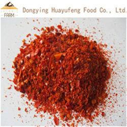 Organischer getrockneter roter Paprika zerquetscht
