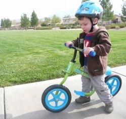 Trikke Kids Balance Bike Sliding Running Bicycle para crianças em idade pré-escolar
