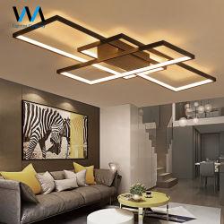 Estrutura da luz quente lustre no teto da lâmpada economizadora de energia