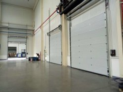 Sándwich de poliuretano motorizadas Panel térmico automático Almacén de deslizamiento vertical aislado de la bahía de carga de Roller Up Industrial de la puerta de garaje seccionales generales