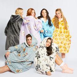 卸し売り女性のフリースの Sleepwear スーパーソフトなフランネルの印刷された Hooded の毛布
